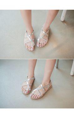 Braided Strap Toe Loop Sandals