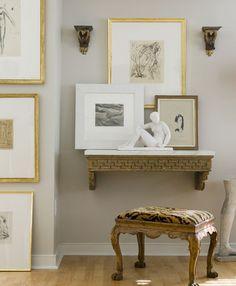 Arrangement of artwork.
