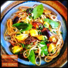 Soba Noodles with Eggplant and Mango Green Mango Salad, Soba Salad, Cold Soba, Ottolenghi Recipes, Eggplant Dishes, Japanese Noodles, Cold Dishes, Mango Recipes