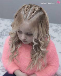 And Its again!💗💗 today we did some simple french braids with triangular partings and we achieved this gorgeous waves … Wand Curls, Quick Hairstyles, Hair Photo, Crazy Hair, Fashion Photo, Hairdresser, Most Beautiful, Hair Care, French Braids