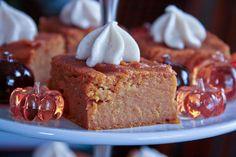 Jolts & Jollies: Pumpkin Pie Bars with Maple Cream Cheese Frosting