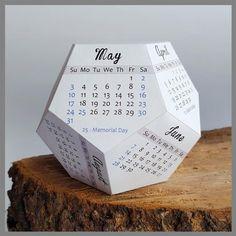 Creative Calendar, Kids Calendar, Calendar Design, Calendar Ideas, Monthly Planner Printable, Printable Calendar Template, Printable Paper, Cubicle Accessories, Organizers