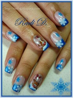Peering Out Reindeer by RadiD from Nail Art Gallery Xmas Nails, New Year's Nails, Love Nails, Christmas Nails, Pretty Nails, Hair And Nails, Reindeer Christmas, Black Christmas, Christmas Holiday