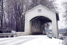 Photographing Oregon:Gilkey Covered Bridge, Oregon in the winter