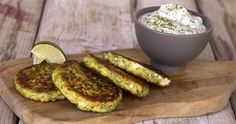Greek zucchini fritters by Greek chef Akis Petretzikis. A delicious Greek recipe for light and crispy zucchini and herb fritters that are not oily or greasy! Greek Recipes, Raw Food Recipes, Veggie Recipes, Easy Recipes, Vegan Grilling, Grilling Recipes, Best Dishes, Food Dishes, Zucchini Fritters