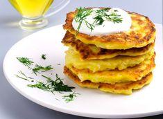 Placki z cebuli. Wszyscy będą cię prosić o ten przepis - o2 - Serce Internetu Gluten Free Recipes, Vegetarian Recipes, Polish Recipes, Dumplings, Food And Drink, Veggies, Cooking, Breakfast, Recipies