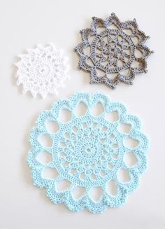 It's Free Pattern Friday! Visit the Craftsy blog to get the FREE crochet pattern for these delicate, snowflake-inspired trivets.