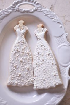 10 Bridal Gown Cookies-Lace Wedding Dress by MarinoldCakes, Galletas Cookies, Iced Cookies, Cute Cookies, Cupcake Cookies, Sugar Cookie Icing, Royal Icing Cookies, Sugar Cookies, Wedding Dress Cookies, Anniversary Cookies