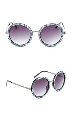 Round sunglasses with metallic silver frames
