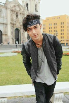 I love him with his bandana ♡
