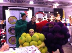 """Donna with some """"sweet"""" surprise visitors at ISS Atlantic City 2014 @fruitoftheloom"""