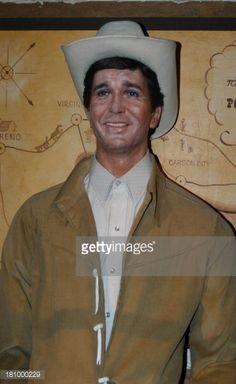 "Michael Landon in der TV-Serie ""Bonanza"", Wax Museum, Wachsfigur, Los. Michael Landon, Wax Museum, Tv Westerns, Carson City, Guys, California, North America, Celebs, Figurine"