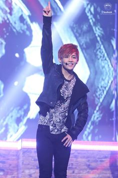 V at Skool Luv Affair showcase