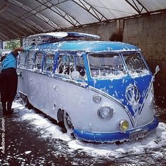 White and blue #VW Camper van - wash ..Re-pin..Brought to you by #HouseofInsurance #EugeneOregon for #LowCostInsurance