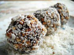 weganskie-kokosowe-czekoladowe-sliwkowe-praliny-ryzowe