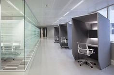 deskd with hood for contemporary offices
