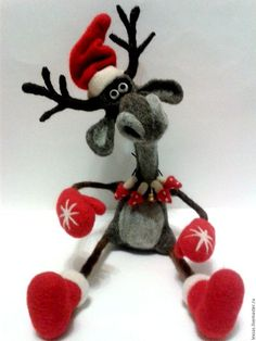 Christmas Projects, Felt Crafts, Christmas Crafts, Christmas Ornaments, Merry Little Christmas, Felt Christmas, Needle Felting Tutorials, Handmade Christmas Decorations, Needle Felted Animals