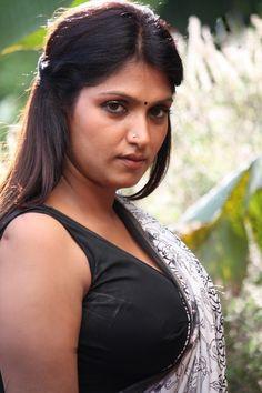 South Actress Bhuvaneshwari Latest Movie Pictures HD (2) at Actress Bhuvaneshwari Photos and Movie Stills  #Bhuvaneshwari