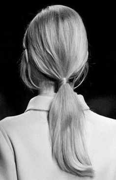 "I don't know why they wasted the adjective ""French"" on a braid since the most French (aka effortless cool) hair style on the face of the earth is low ponytail. Chic Hairstyles, Pretty Hairstyles, Korean Hairstyles, Blonde Hairstyles, Bad Hair, Hair Day, Inspo Cheveux, Perfect Ponytail, Sleek Ponytail"