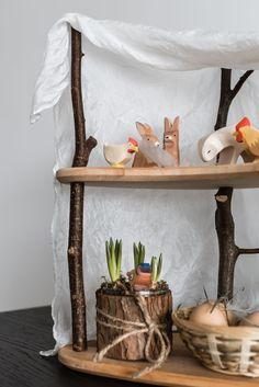 Jahreszeitenhaus oder Jahreszeitentisch für den Frühling und Ostern #ostern #hase #jahreszeitentisch #jahreszeitenhaus #ostheimer