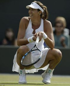 Muguruza proved once again why she is one of the brightest young prospects in women's tennis right now as she sailed into the Wimbledon semi-final with a victory over Bacsinszky Monica Puig, Wta Tennis, Sport Tennis, Ana Ivanovic, Tennis Pictures, Tennis World, Gymnastics Photos, Beautiful Athletes, Tennis Players Female
