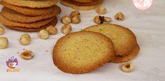 Le tegole valdostane, dei biscotti favolosi, sottilissimi e buonissimi tipici della valle d'Aosta. Facili e veloci da preparare per il tè o per colazione.