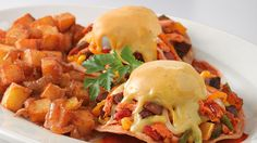 Baja Chicken Hash Brunch From The Cheesecake Factory - yummy tummy zone Chicken Hash Recipe, Chicken Chorizo, Brunch Recipes, Breakfast Recipes, Southern Chicken Salads, Cheesecake Factory Recipes, Weird Food, What's For Breakfast, Food Science