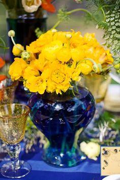 Starry Night Wedding Theme | Wedding Centerpieces. http://simpleweddingstuff.blogspot.com/2014/02/starry-night-wedding-theme.html