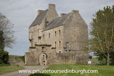Outlander tours of Lallybroch, Wentworth Prison and Fort William . Phone for more details . Half day tours from Edinburgh of Lallybroch, home of Jamie Fraser. Outlander Filming Locations, Outlander Tour, Day Trips From Edinburgh, Edinburgh City Centre, Glasgow Airport, Wentworth Prison, Stirling Castle, Scotland Tours, Fort William
