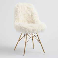 Featuring a classic mid-century silhouette, our cozy flokati chair makes a luxurious statement with its soft ivory fabric and brushed gold legs. It's a versatile seat for the dining room, home office or living room. Home Office Chairs, Home Office Furniture, Fuzzy Chair, Soft Chair, Cute Desk Chair, Gold Desk Chair, Desk Chair Comfy, Chair Bench, Egg Chair