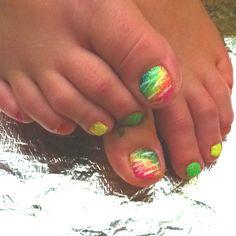 rainbow zebra toes!!!