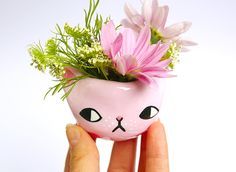 ponyponypeoplepeople:Kitty Planters by PONY PEOPLE