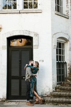 We love this surprise photoshoot after the engagement in Savannah   Image by Stefanie Keeler Photography