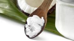Kokosöl ist nicht nur wahnsinnig lecker. In unserem Video verraten wir euch, wie gesund das Superfood tatsächlich ist und ob es tatsächlich beim Abnehmen helfen kann.