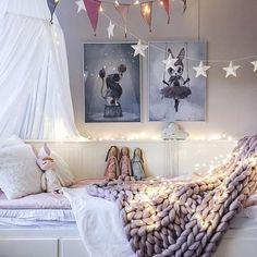 Scandinavian children's room for girls