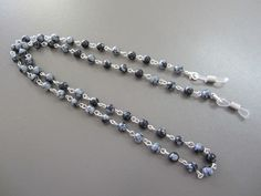 Beaded Spectacle Chain: Obsidian Snowflake £15.00
