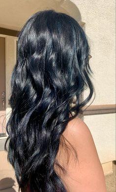 Black Hair With Color, Blue Brown Hair, Hair Color For Black Hair, Highlights Black Hair, Hair Inspo, Midnight Blue Hair, Black Hair Inspiration, Black Hair Aesthetic, Haircuts For Medium Hair
