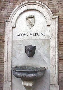 Degli 11 acquedotti costruiti dagli Antichi Romani, quello Vergine è l'unica ancora in funzione. Un vero record, se si pensa che è stato inaugurato nel 19 a.C da Agrippa, che lo…