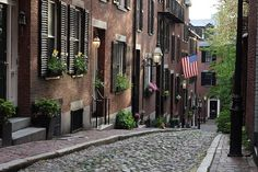 Beacon Hill - Pretty Street