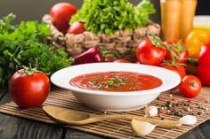 Edith genießt! Rezepte für's Leben ...: Eine simple Tomatensuppe einmal anders Vegan, Thai Red Curry, Ethnic Recipes, Food, Cooking, Essen, Meals, Vegans, Eten