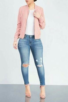 Stylish Ideas How to Create the Perfect Ripped Jeans Outfit - Mode Crop Top Outfits, Fall Outfits, Casual Outfits, Cute Outfits, Work Outfits, Summer Outfits, Formal Outfits, Classy Outfits, Ripped Jeggings