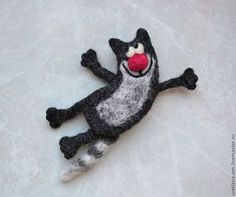 Felted Cool Cat Brooch Wool Accessories Magnet by voilokhouse Needle Felted Animals, Felt Animals, Felt Fabric, Fabric Dolls, Diy Embroidery Kit, 3d Figures, Needle Felting Tutorials, Felt Brooch, Brooch Pin