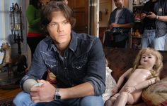 Behind the scenes Supernatural Season 2, Supernatural Destiel, Jensen And Misha, Jared Padalecki, Misha Collins, Beautiful Family, Positive Attitude, Superwholock, Gotham