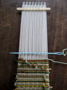 How to weave a purse flap Cassie Stephens: In the Art Room: Weaving, Part 2