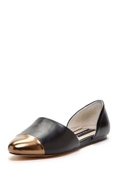 Saxon D'Orsay Flat. can't tell if it's black or navy...if it's navy, it's just what I'm looking for.