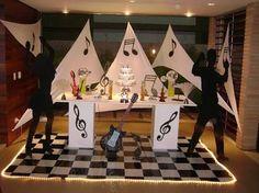 Resultado de imagem para decoração de festa com discos de vinil