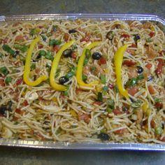 Photo of Family Reunion Size Spaghetti Salad Potluck Recipes, Summer Recipes, Cooking Recipes, Crowd Recipes, Picnic Recipes, Picnic Ideas, Cooking Ideas, Cake Recipes, Cooking For A Crowd