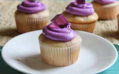 Grape Jello Shot Cupcakes. Um, yes please! #cupcakes #dessert