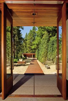 Modern Garden and Roderick Ashley in Lake Tahoe, Nevada