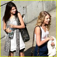 selena gomez and taylor swift Taylor Swift, Selena And Taylor, Swift 3, Selena Gomez, Peyton List, Navy Skirt, Her Music, Spring Summer Fashion, White Lace